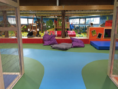 indoor-play-area-seamless-safety-flooring