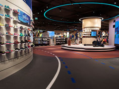Fitnessboden everroll® im Intersport-Store in Linz