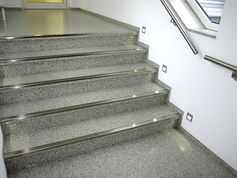 Steps covered with everroll® in the office rooms from Keune & Lauber GmbH