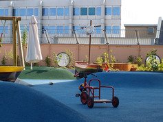 playfix® safety surfacing on the flat roof