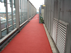playfix® running track on a roof (red)