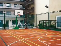 Regupol Elastic Tiles used for a multifunction sports pitch in Berlin, Germany.