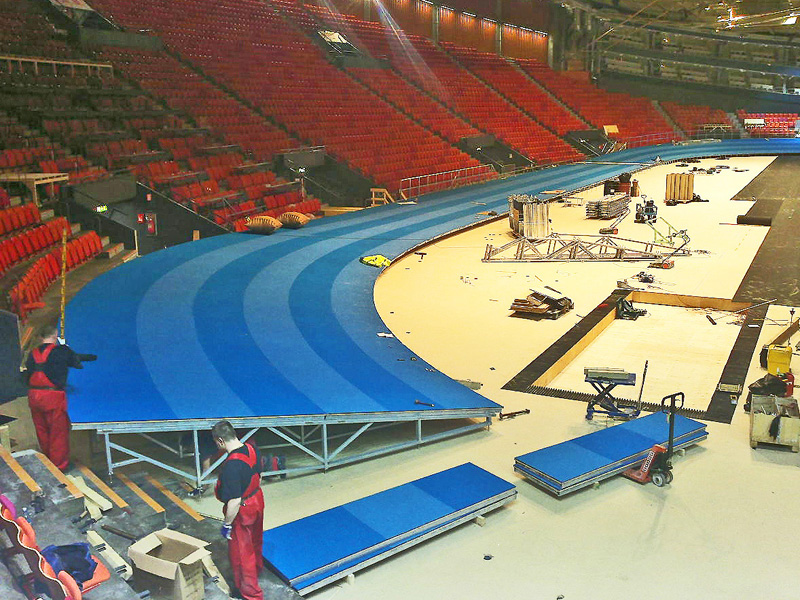 4. Assembly of the complete indoor running track construction